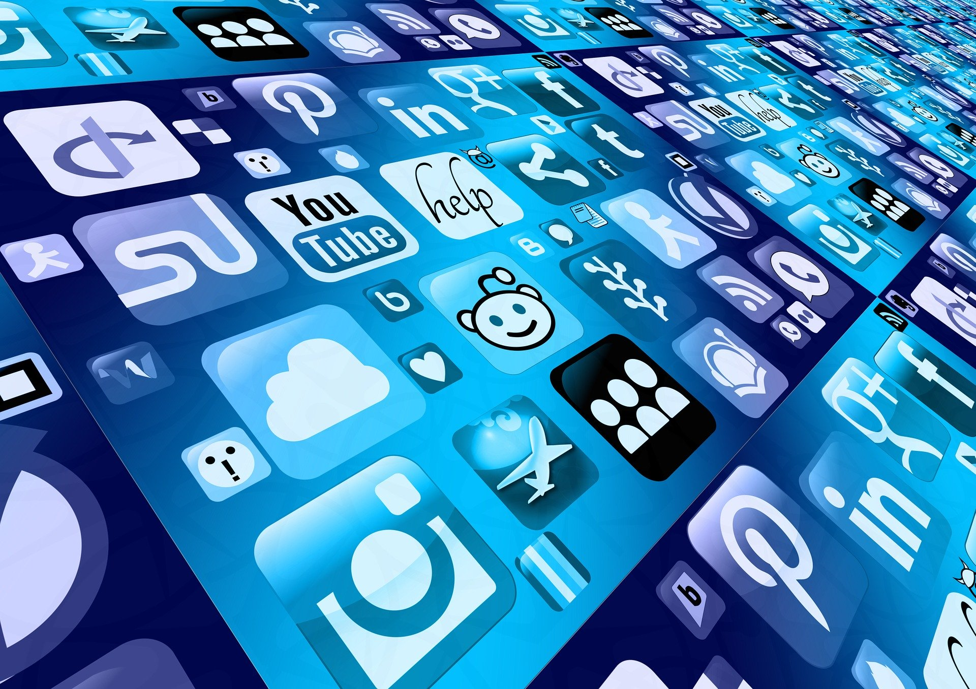 How You Attract New Customers through Social Media Marketing Services
